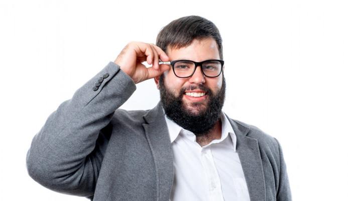 おデブ体型・ぽっちゃり系男子に似合うメガネの選び方【基本編】