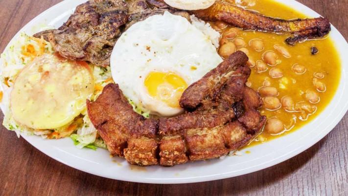 ごはんがススム、コロンビアの豚肉料理「チチャロン」のレシピ