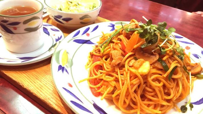 JR大宮駅の純喫茶「伯爵邸」で名物デカ盛り「大宮ナポリタン」を食べてきた!