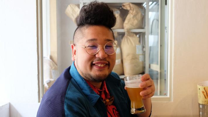 昼飲みしようぜ!北千住「さかづき Brewing」の自家製クラフトビールとこだわりの肉料理