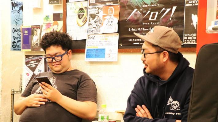 【ぽっちゃりデカメンアーティストのポジティブライフ】第3回:バンドマン・岸野一さんの1日に密着【後編】