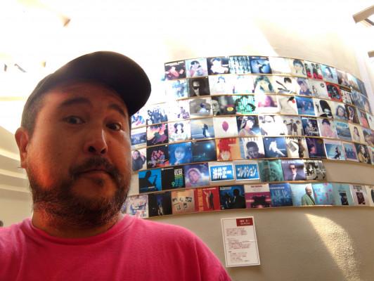 アナログレコード100万枚が聞ける! 北海道「レ・コード館」の巨大スピーカーを体感!!